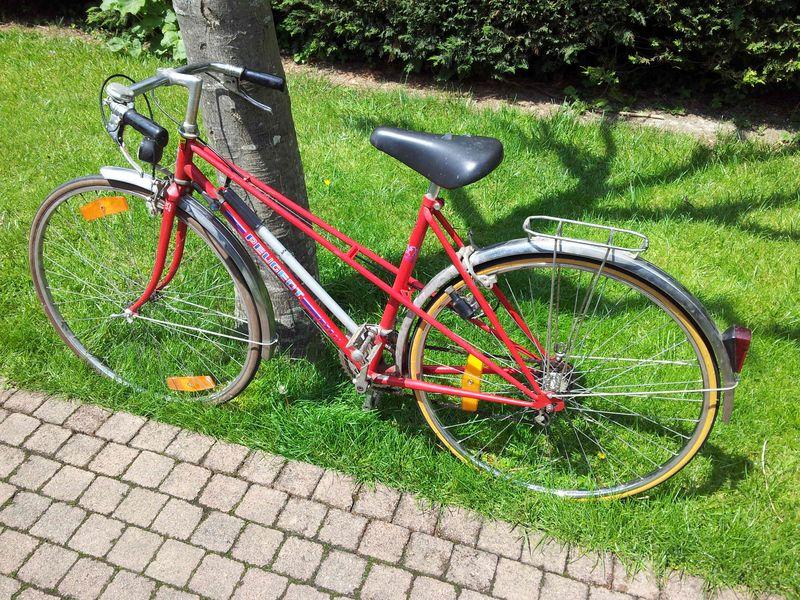 Peugeot-rouge